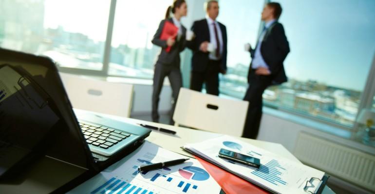 Crise econômica: 4 dicas para combatê-la em seu posto