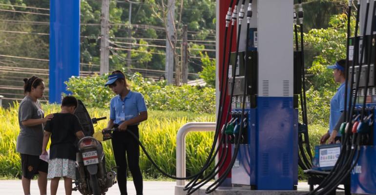 Como escolher o funcionário ideal para cada setor do seu posto de combustível