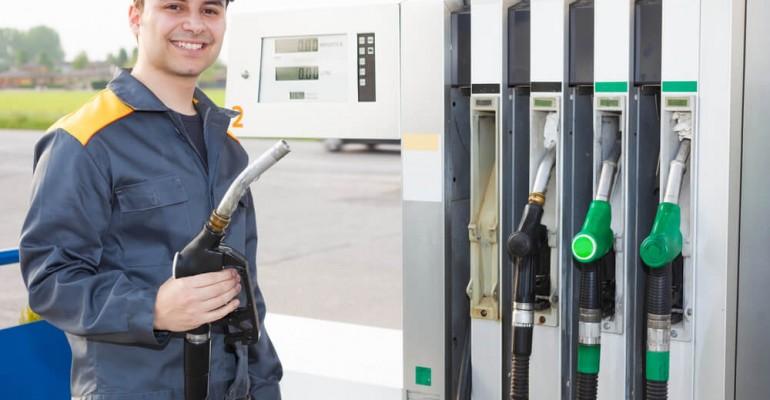 3 dicas para capacitar funcionários no posto de combustível